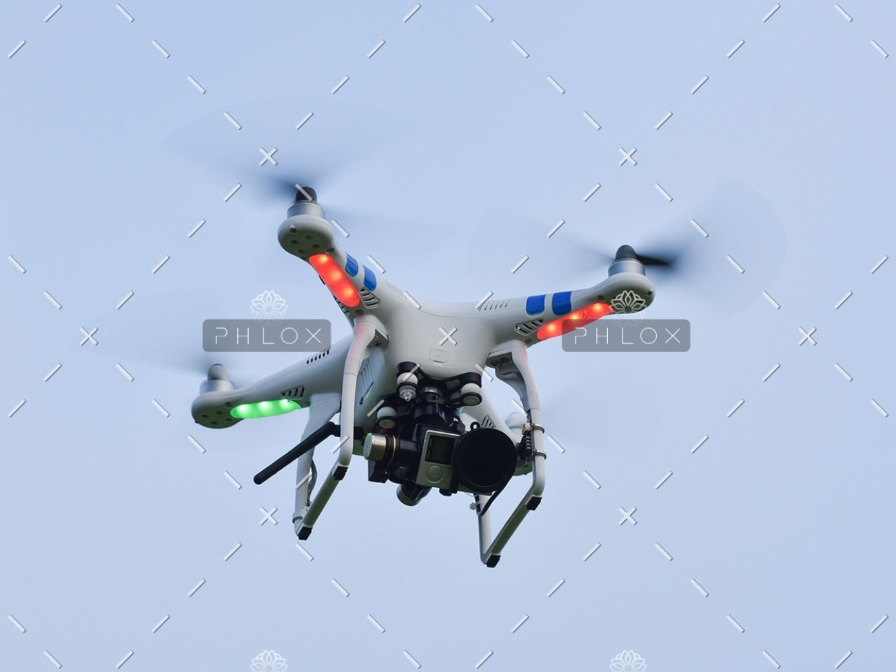 demo-attachment-82-camera-drone-fly-109003
